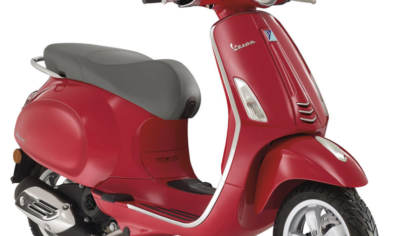 Vespa Sprint 150 (Red) full